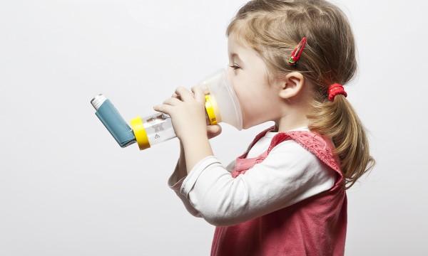 Que faire si votre enfant asthmatique attrape un rhume