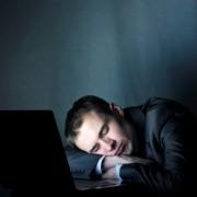 Comment bien dormir si vous travaillez de nuit