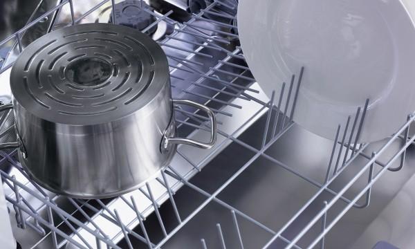 astuces pour r parer le joint de porte de votre lave vaisselle trucs pratiques. Black Bedroom Furniture Sets. Home Design Ideas
