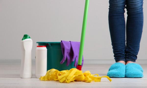produits de nettoyage naturels pour le sol trucs pratiques. Black Bedroom Furniture Sets. Home Design Ideas