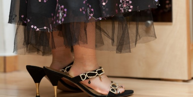 10 épreuves que les femmes portant des chaussures à grandes pointures connaissent