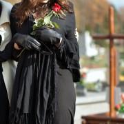 Le dilemme ultime: alternatives à l'inhumation ou la crémation