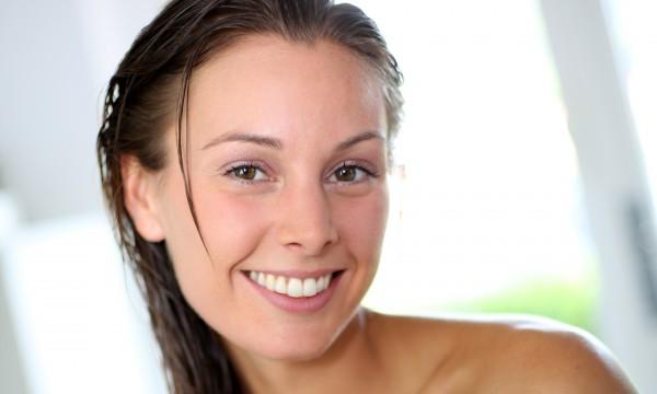 Ne jurez que par ces 5 astuces pour vos cheveux secs