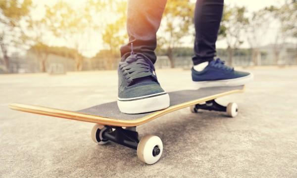 Quelles sont les meilleures chaussures de sport pour la - Planche a roulette ...