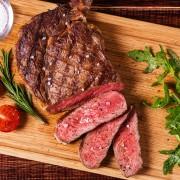 Envie d'un steak? Top 10 des meilleures grilladeries au Canada
