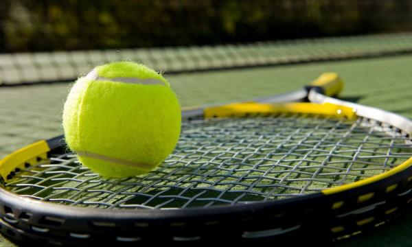 4 stratégies intelligentes pour améliorer votre jeu de double en tennis