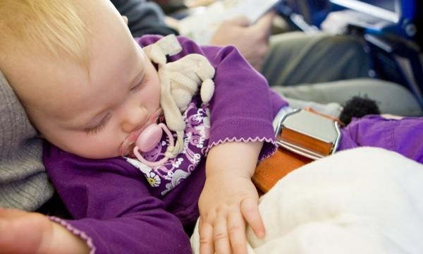 Liste de vérification utile lors de voyages avec votre bébé