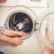 4 raisons possibles pour lesquelles votre laveuse fait du bruit