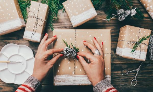 Idées d'emballage cadeau originales à essayer ce Noël