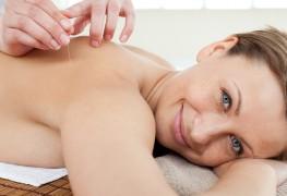 Comment l'acupuncture peut aider à traiter l'arthrite