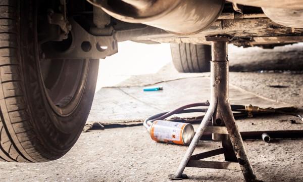 Conseils pour vérifier les amortisseurs de votre voiture