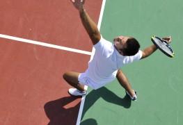 Conseils de tennis pour le revers à deux mains