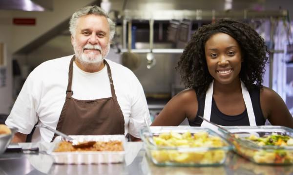 Donner et recevoir: 5 avantages du bénévolat