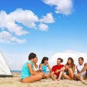 Huit conseils pour camper sur la plage