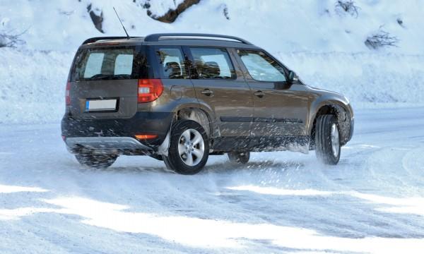 Quels sont les meilleurs pneus d'hiver pour les camions et les VUS?