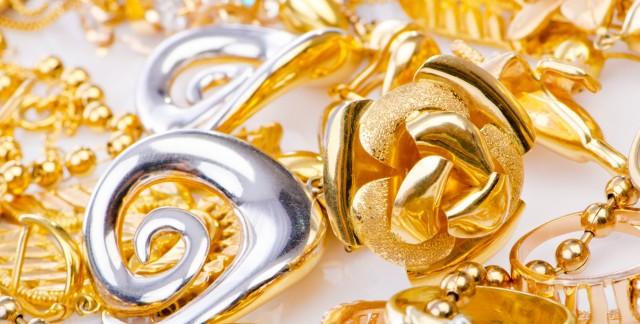 Entretien des bijoux en or et en argent