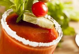 Délicieuses recettes de boissons: Bloody Mary et sangria maison
