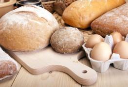 Comment cuire du pain frais en 3 étapes