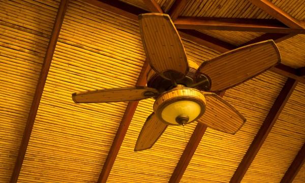 5 conseils pour r duire les niveaux d 39 humidit int rieure trucs pratiques. Black Bedroom Furniture Sets. Home Design Ideas