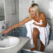 Solutions faciles pour nettoyer la salle de bains