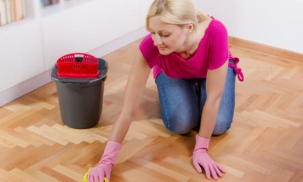 6 conseils pour garder vos planchers propres et les faire durer plus longtemps