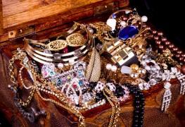 Entretien maison des bijoux