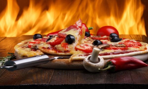 3 secrets d'une délicieuse pizza faible en glucides