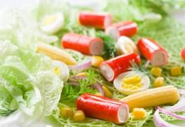 2 salades aux fruits de mer délicieuses