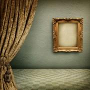 Instructionssimples pour accrocher des rideaux et desphotos