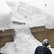 Comment se débarrasser de la neige sur le toit