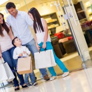 9 façons de faire des courses avec vos enfants sans devenir fou