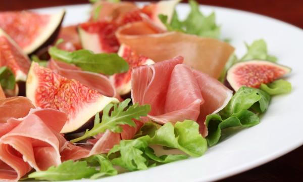 2 salades européennes pour les chaudes soirées d'été