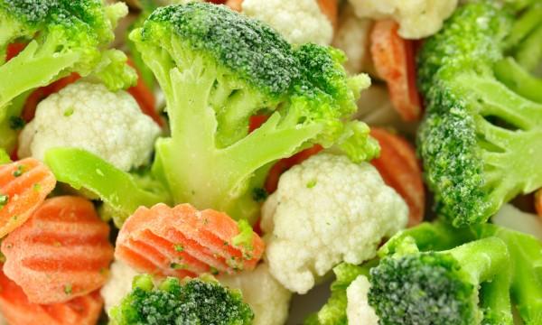Astuces pour la cong lation et la conservation des l gumes trucs pratiques - Blanchir legumes avant congelation ...