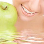 Les aliments qui améliorent l'état des dents et de la bouche