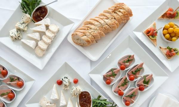 9 façons simples de vaincre la tentation alimentaire pendant les fêtes