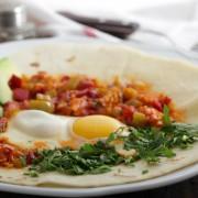 Recette d'undéjeuner festif : huevos rancheros