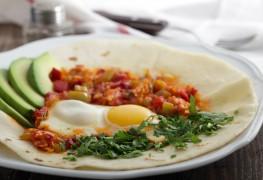 Recette d'undéjeuner festif: huevos rancheros