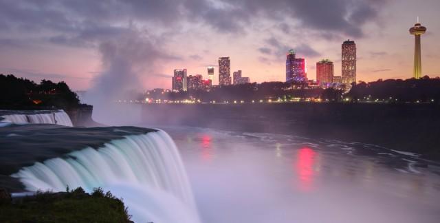 Une journée amusante: visite aux chutes de Niagara