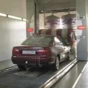 Comment les rouleaux des lave-autos fonctionnent-ils?