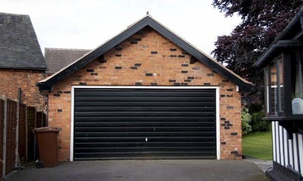 Choisir une porte de garage coupe feu pourrait vous sauver for Porte de garage coupe feu