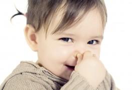 4 façons efficaces de moucher le nez de votre bébé