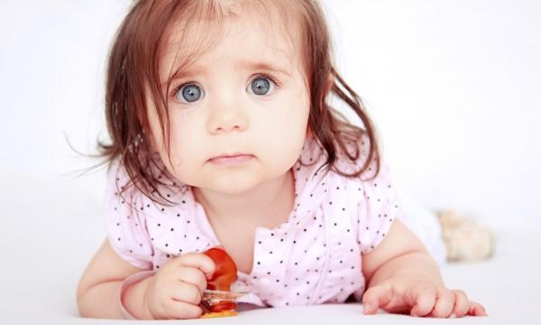 6 bonnes raisons d'acheter une suce à votre bébé