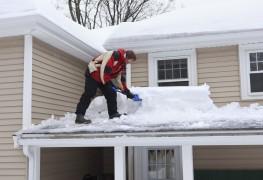 Comment savoir s'il y a trop de neige sur mon toit?