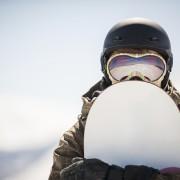 Guide d'achat d'un casque de planche à neige: ce qu'il faut savoir