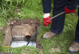 Ce qu'il faut savoir avant de faire déboucher un drain