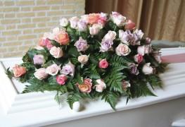 Comment choisir une composition funéraire convenable