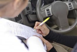 Compréhension d'un contrat de location de voiture