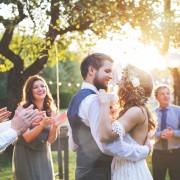 Comment planifier un mariage intime