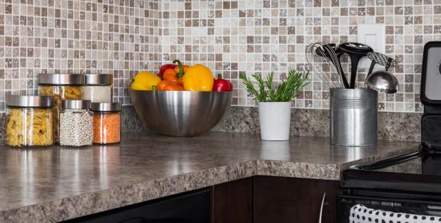 Comment choisir et nettoyer un comptoir de cuisine trucs pratiques - Comptoir pour cuisine ...