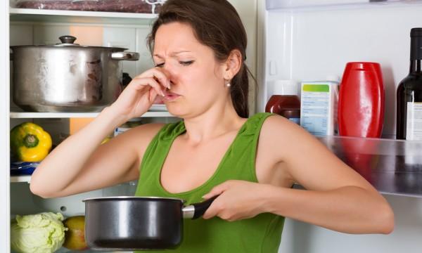 comment contrer les mauvaises odeurs dans la maison